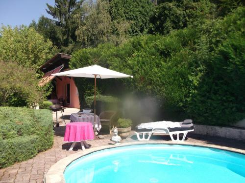 Domaine Des Pierrots : Guest accommodation near Lavours