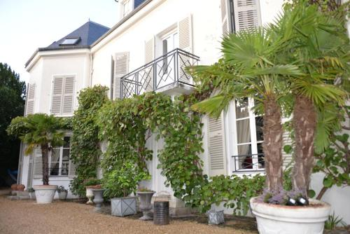 Les Uzelles : Bed and Breakfast near Vulaines-sur-Seine