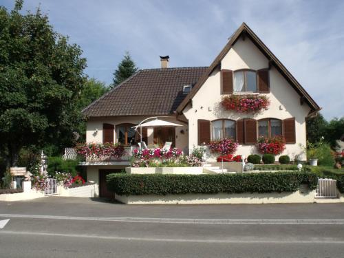 Maison d'hôtes Chez Nicole : Guest accommodation near Grussenheim