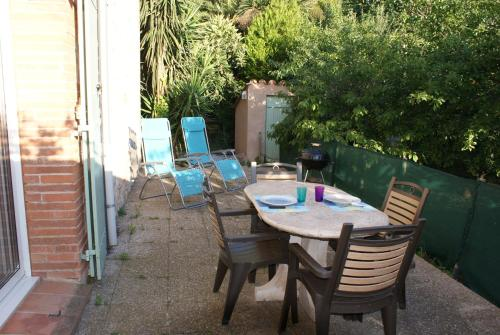Gite Theresa : Guest accommodation near Saint-Laurent-de-la-Salanque