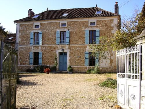 Le Puyfavard : Bed and Breakfast near Lempzours