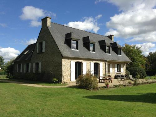 La Vie là Rose : Bed and Breakfast near Guitté