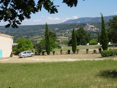 Cante Grillet : Guest accommodation near Lacoste