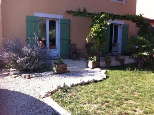 maison Rustrel : Guest accommodation near Lagarde-d'Apt