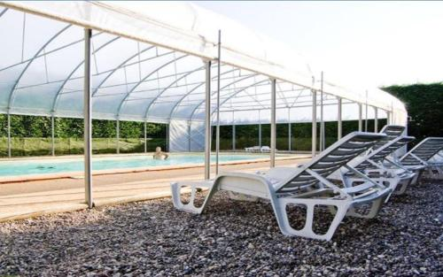 Holiday home Ferme La Franval : Guest accommodation near Lacropte