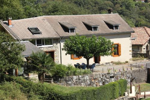 Maison du Coué Pyrénées Mourtis : Guest accommodation near Montastruc-de-Salies