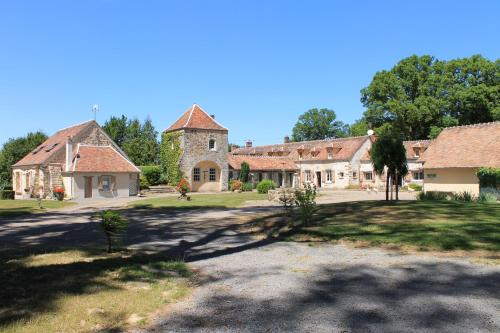Domaine De Frevent : Bed and Breakfast near Gurcy-le-Châtel