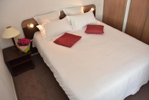 Comfort Suites Pau Idron : Guest accommodation near Assat