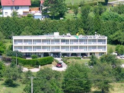 Logis Le Relais De La Vallee : Hotel near Hyèvre-Paroisse