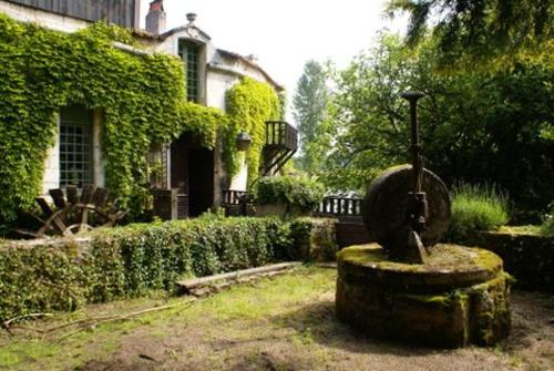 Holiday home F- Rue du Moulin : Guest accommodation near La Tour-Blanche