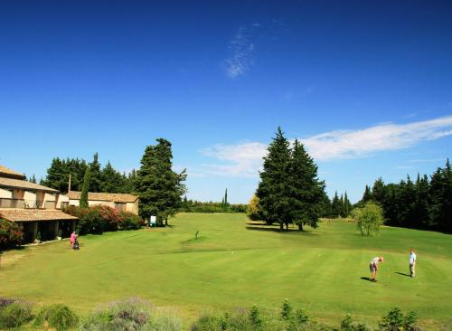 GOLF CLUB D'UZES : Bed and Breakfast near Poulx