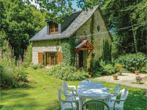 Holiday Home Moulin De Niziau II : Guest accommodation near Malguénac