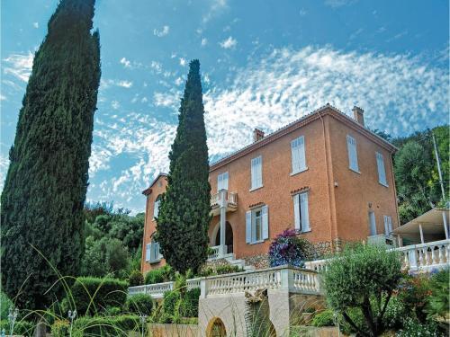 Holiday Home Hyeres Che.De Beauvallon-Haut : Guest accommodation near La Crau