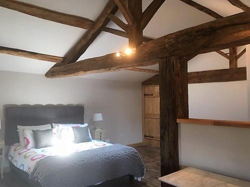 Les Rochers : Guest accommodation near Le Beugnon