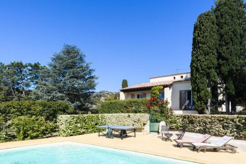 Villa Montagnette et Spa : Bed and Breakfast near Aramon