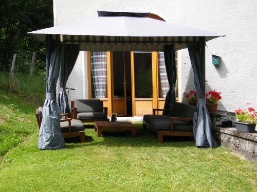Gîte Maison Neuve Grandval : Apartment near Chambon-sur-Dolore