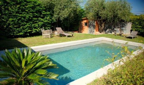 Le Clos Des Bourges : Guest accommodation near Le Rouret