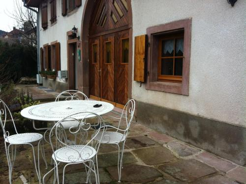 Emeraude : Bed and Breakfast near Waldersbach