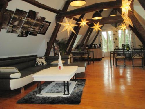 B&B Au bois dormant : Bed and Breakfast near Crillon