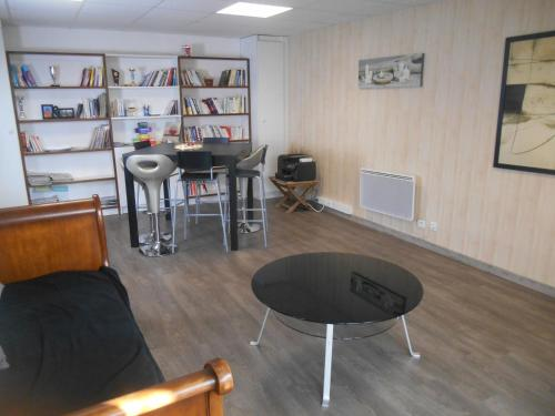 Appartement aux Airelles : Apartment near Puy-Saint-Eusèbe