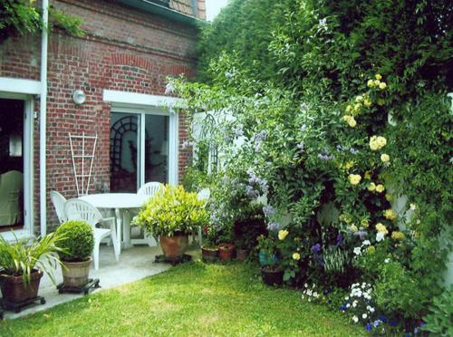 Une Chambre en Ville : Bed and Breakfast near Roubaix