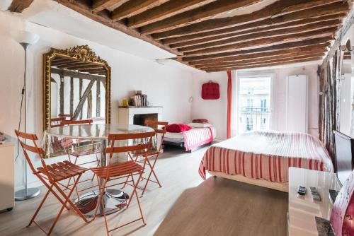 Studio Saint Germain : Apartment near Paris 6e Arrondissement