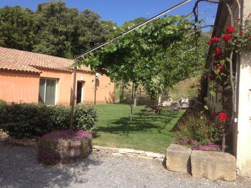 Gite Sainte Octime : Guest accommodation near Montmirat