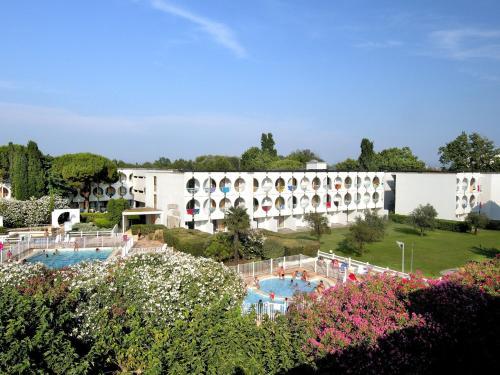 Residéal Bernard de Ventadour : Apartment near La Grande-Motte