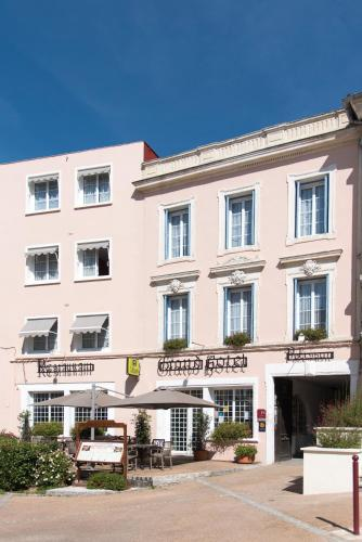 Grand Hotel Pelisson : Hotel near Saint-Martial-de-Valette