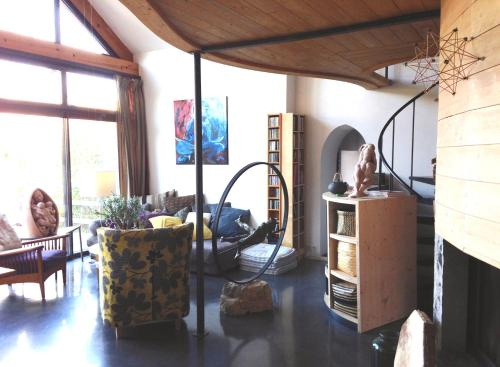 Chambres d'hôtes Artist'au Chat : Bed and Breakfast near Saint-Paul