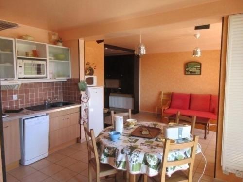 Apartment L'aiguille 3 : Apartment near Livet-et-Gavet