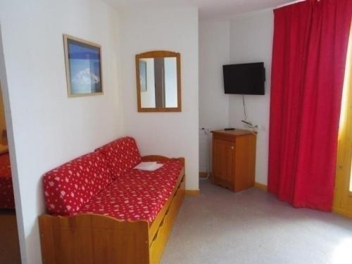 Apartment Les chaumettes : Apartment near Le Noyer