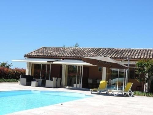 House Les lagerstroemias : Guest accommodation near Montpezat-de-Quercy