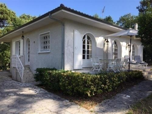 House Villa de 110 m² situee aux abatilles : Guest accommodation near La Teste-de-Buch