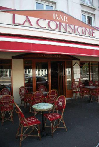 La Consigne : Hotel near Giberville