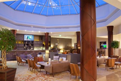 Paris Marriott Charles de Gaulle Airport Hotel : Hotel near Longperrier