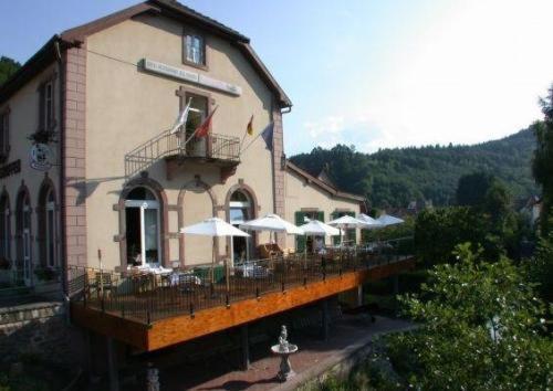 Hôtel Des Vosges : Hotel near Eywiller