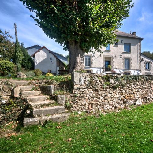 Maison de Maitre à la ferme des Hommes : Guest accommodation near Gartempe