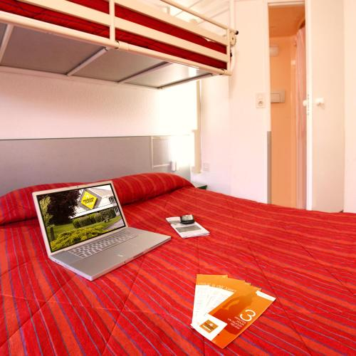 Hôtel Premiere Classe Pamiers : Hotel near Le Carlaret