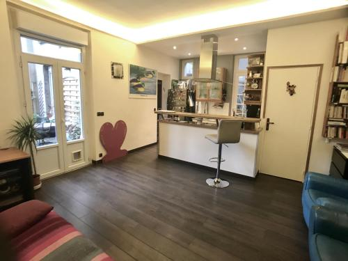 Two-bedroom Apartment Neuilly-sur-Seine : Apartment near Neuilly-sur-Seine