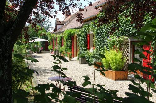 Chambres d'hôtes Bois Prin : Guest accommodation near Chapeau