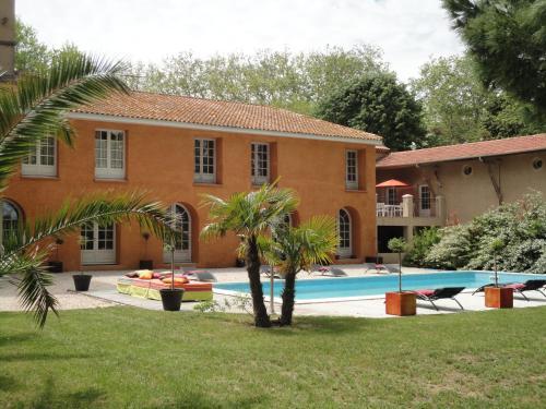 La Gourgasse Vieille : Guest accommodation near Nissan-lez-Enserune