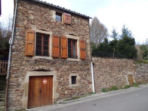 maison avec jardin : Guest accommodation near Ceilhes-et-Rocozels