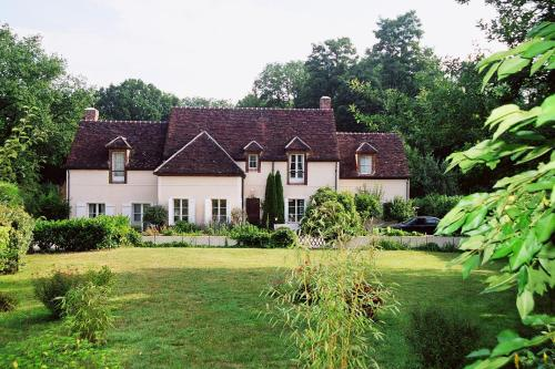 Maison de reception familiale : Guest accommodation near Courtacon