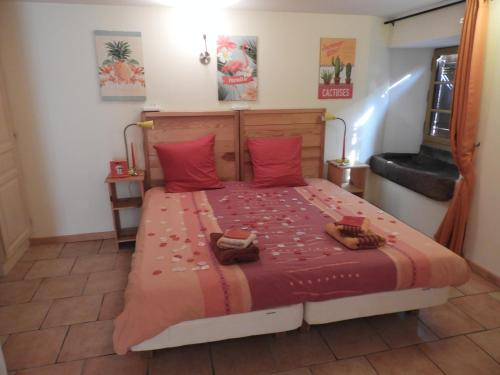 Luxurious and spacious Bed & Breakfast kamer : Bed and Breakfast near Ménil-de-Senones