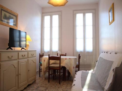 Apartment Clemot 1 : Apartment near Moragne