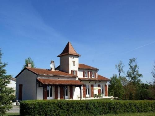 House Clavilières : Guest accommodation near Saint-Laurent-Lolmie