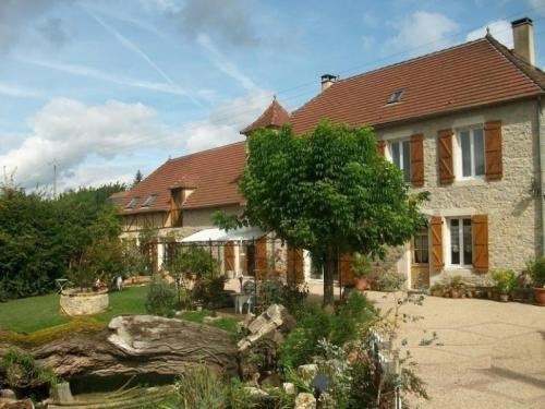 House Le colombier ensoleillé : Guest accommodation near Carennac