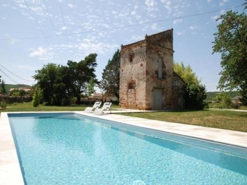 House Le majorat de mirandol : Guest accommodation near Lamagdelaine