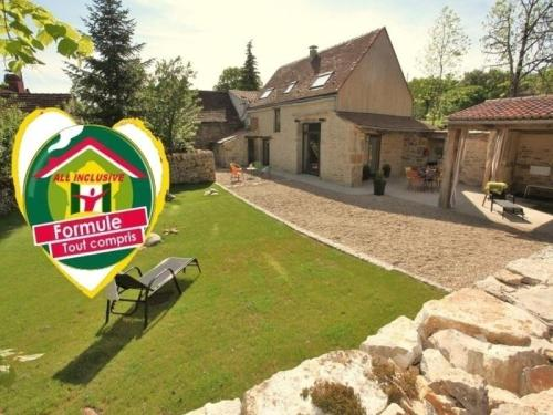 House Les pierres du quercy : Guest accommodation near Vaylats